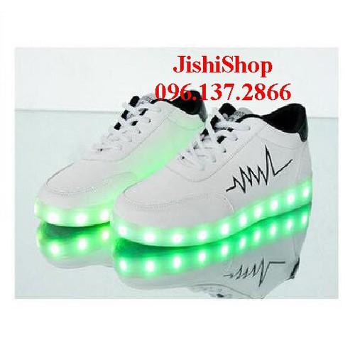 Giầy trắng nhịp tim giày phát sáng đèn led cao cấp cá tính ps 7 màu 11 chế độ tặng thêm dây giầy 7 màu - 20535386 , 23406025 , 15_23406025 , 257000 , Giay-trang-nhip-tim-giay-phat-sang-den-led-cao-cap-ca-tinh-ps-7-mau-11-che-do-tang-them-day-giay-7-mau-15_23406025 , sendo.vn , Giầy trắng nhịp tim giày phát sáng đèn led cao cấp cá tính ps 7 màu 11 chế độ