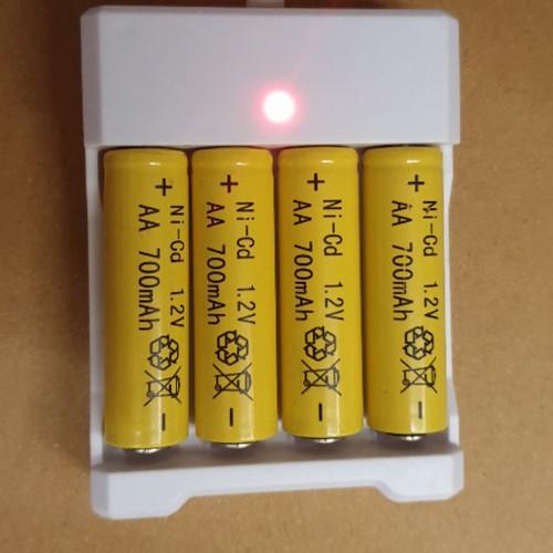 Bộ vỉ 4 pin niken aa 1 2v 700mah và sạc usb cho xe ô tô điều khiển từ xa và điều khiển - 19221085 , 23309909 , 15_23309909 , 35000 , Bo-vi-4-pin-niken-aa-1-2v-700mah-va-sac-usb-cho-xe-o-to-dieu-khien-tu-xa-va-dieu-khien-15_23309909 , sendo.vn , Bộ vỉ 4 pin niken aa 1 2v 700mah và sạc usb cho xe ô tô điều khiển từ xa và điều khiển