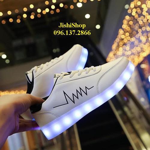 Giầy nhịp tim trắng giày phát sáng đèn led cao cấp cá tính ps 7 màu 11 chế độ tặng thêm dây giầy 7 màu - 19518190 , 23437584 , 15_23437584 , 247000 , Giay-nhip-tim-trang-giay-phat-sang-den-led-cao-cap-ca-tinh-ps-7-mau-11-che-do-tang-them-day-giay-7-mau-15_23437584 , sendo.vn , Giầy nhịp tim trắng giày phát sáng đèn led cao cấp cá tính ps 7 màu 11 chế độ