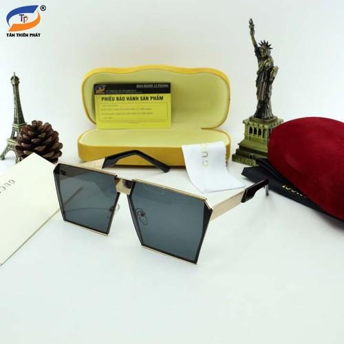 Kính mát nữ full box - đủ hộp hiệu và phụ kiện theo kính - bảo hành 12 tháng