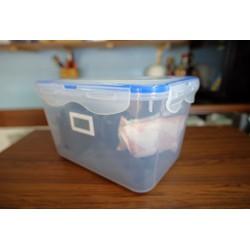 Hộp chống ẩm máy ảnh kèm 2 gói hút ẩm xanh và ẩm kế điện tử gắn sẵn [ĐƯỢC KIỂM HÀNG] 23510224