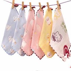 khăn sữa mẹ bé