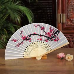 Quạt vải xếp họa tiết hoa anh đào, Quạt xếp cầm tay hoạ tiết hoa phong cách Trung Quốc trang trí sáng tạo cung cấp bởi winwinshop88
