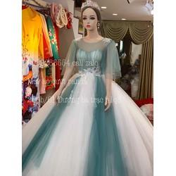 áo cưới mix màu nhẹ nhàng xanh đá tay cánh tiên