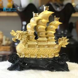 Thuyền Buồm Phong Thủy Trung