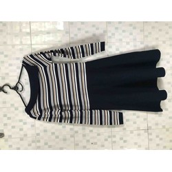 Đầm len tay dài