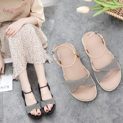 [ hỗ trợ cước mua hàng] giày sandal quai caro hàng nhập cao cấp m1