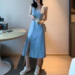 Đầm jeans sát nách cổ vuông xẻ tà Mã: DA5350