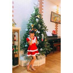 váy đầm Noel chất liệu nhung kèm bờm hoặc mũ hoá trang noel