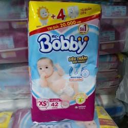 tả dán sơ sinh bobby size xs42 tặng 4 miếng tả quần size S