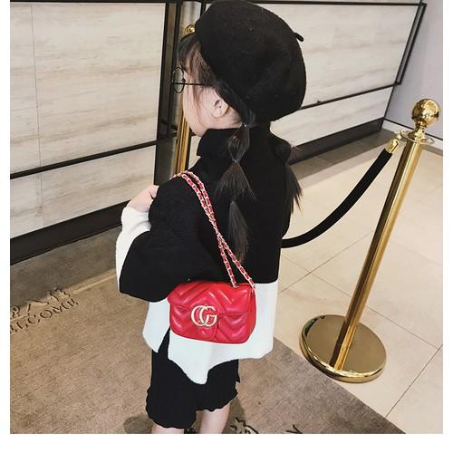 Túi da cho bé gái sang chảnh