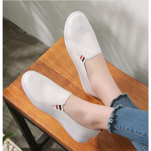 Giày lười nữ trắng hàn quốc- slip on nữ