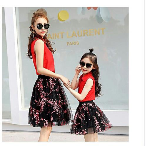 Set áo kèm chân váy hoa cho mẹ và bé - 7462004 , 14066676 , 15_14066676 , 380000 , Set-ao-kem-chan-vay-hoa-cho-me-va-be-15_14066676 , sendo.vn , Set áo kèm chân váy hoa cho mẹ và bé