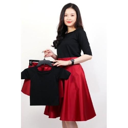 Set áo mẹ bé cổ vuông chân váy xòe - 7448676 , 14058832 , 15_14058832 , 190000 , Set-ao-me-be-co-vuong-chan-vay-xoe-15_14058832 , sendo.vn , Set áo mẹ bé cổ vuông chân váy xòe