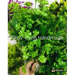 5 cành cỏ nhựa trang trí kiểu cỏ 4 lá cắm kèm hoa voan hoa giấy