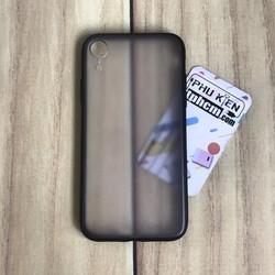 Ốp lưng iPhone XR Nhám viền Dẻo đen
