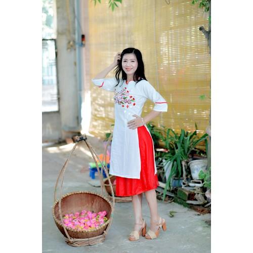 Áo dài nữ cách tân Sắc trắng tinh khôi