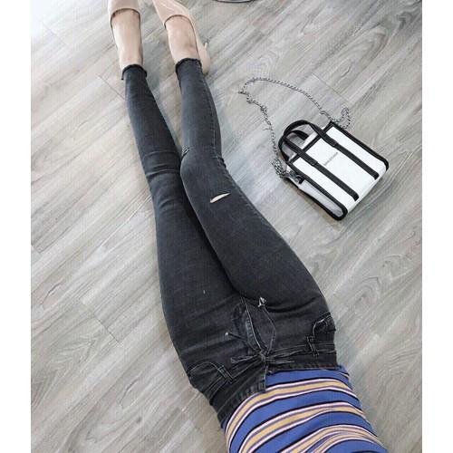 Quần jean nữ đen rách nhẹ