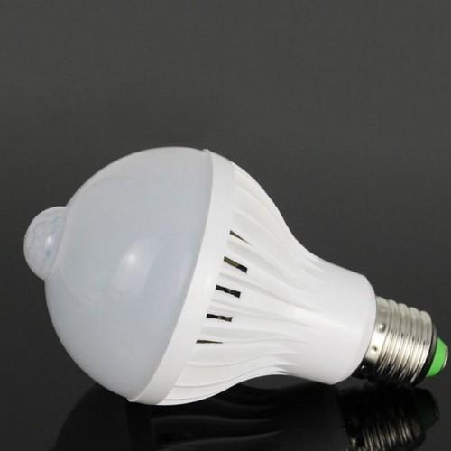 Bóng đèn cảm biến chuyển động 7W