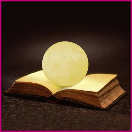 Đèn Mặt Trăng 3D Cảm Biến Đáy 8cm 3 Màu