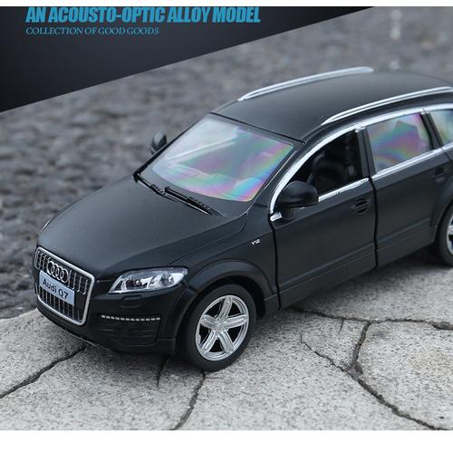 Ô tô RMZ mô hình xe Audi Q7 xe bằng sắt mở được cửa chạy cót - 7135729 , 13856658 , 15_13856658 , 185000 , O-to-RMZ-mo-hinh-xe-Audi-Q7-xe-bang-sat-mo-duoc-cua-chay-cot-15_13856658 , sendo.vn , Ô tô RMZ mô hình xe Audi Q7 xe bằng sắt mở được cửa chạy cót
