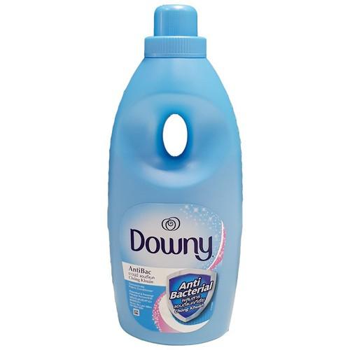 Nước xả vải Downy chống khuẩn 1.8L