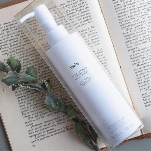 Gel rửa mặt dịu nhẹ dành cho da nhạy cảm cao cấp Huxley Cleansing Gel , Be Clean, Be Moist 200ml