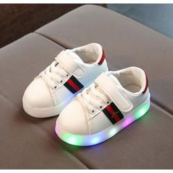 Giầy trẻ em Giày thể thao cho bé trai và bé gái siêu nhẹ có đèn led – G103