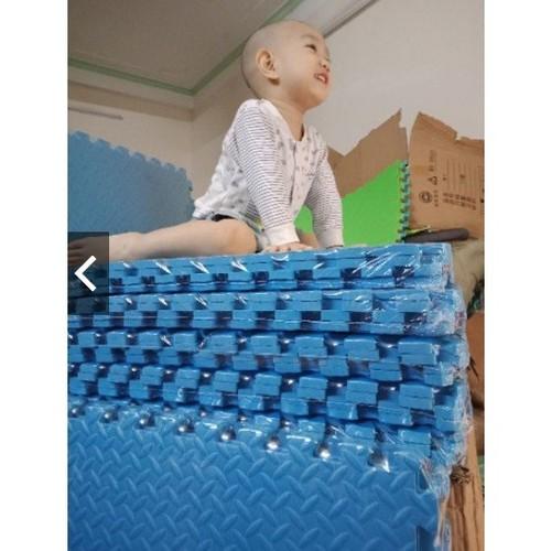 Thảm xốp khế màu xanh hàng việt nam kt 60x60 cốp 4 tấm