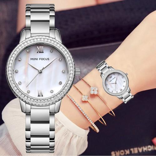 Đồng hồ nữ MINI FOCUS 226 dây thép mặt ánh ngọc trai viền đính đá cao cấp AZ-MF226