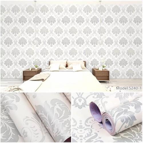 Giấy dán tường hoa châu âu bạc cuộn 10m khổ rộng 45cm có keo sẵn