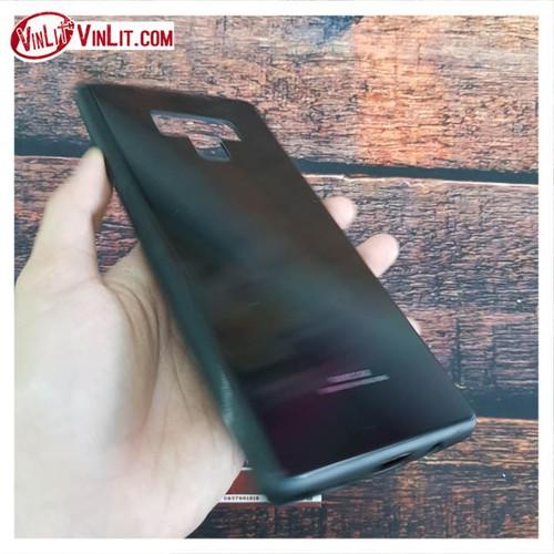 Ốp lưng Samsung Note 9 màu trơn mặt kính cường lực viền dẻo cực chất đen - 7326599 , 13988693 , 15_13988693 , 95000 , Op-lung-Samsung-Note-9-mau-tron-mat-kinh-cuong-luc-vien-deo-cuc-chat-den-15_13988693 , sendo.vn , Ốp lưng Samsung Note 9 màu trơn mặt kính cường lực viền dẻo cực chất đen