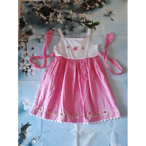 Đầm xinh cho bé
