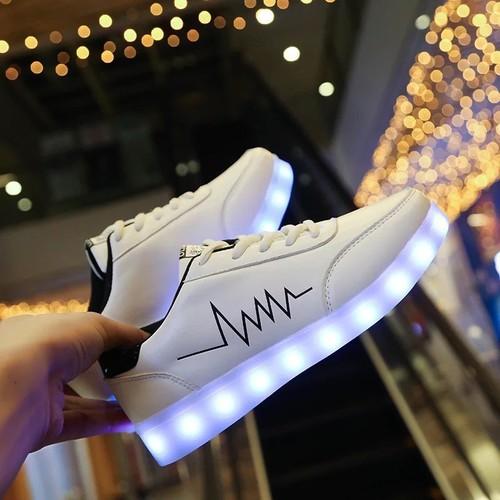 giầy phát sáng cá tính - tặng kèm dây giầy 7 màu