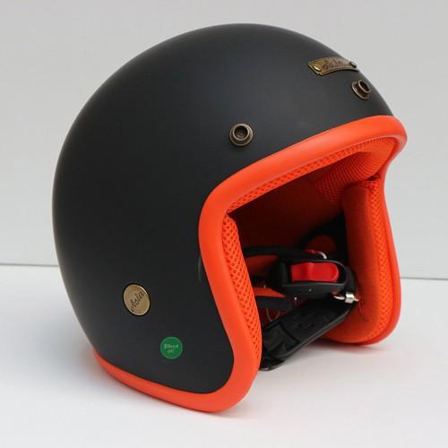 Mũ bảo hiểm mt-124 đen cam