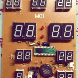 Đồng hồ Lịch vạn niên m01