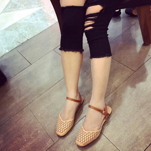 Giày sandal nữ đế bệt bít mũi - 6248888 , 16367720 , 15_16367720 , 280000 , Giay-sandal-nu-de-bet-bit-mui-15_16367720 , sendo.vn , Giày sandal nữ đế bệt bít mũi