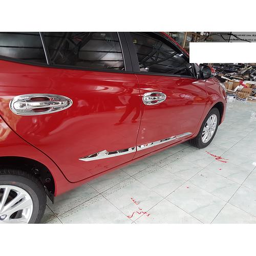 Nẹp sườn xe Toyota Vios 2019