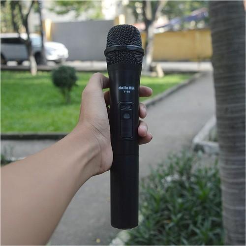 Micro không dây Daile V10  chính hãng - 4742588 , 16641866 , 15_16641866 , 145000 , Micro-khong-day-Daile-V10-chinh-hang-15_16641866 , sendo.vn , Micro không dây Daile V10  chính hãng