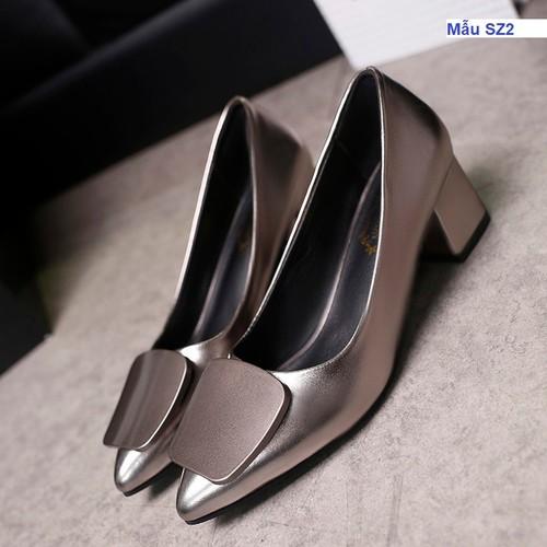 Giày cao gót đế vuông màu ghi
