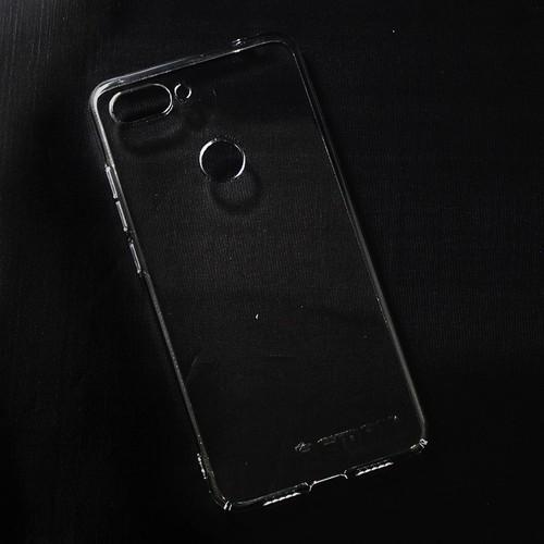 Ốp cứng Xiaomi Mi 8 Lite Remax trong suốt