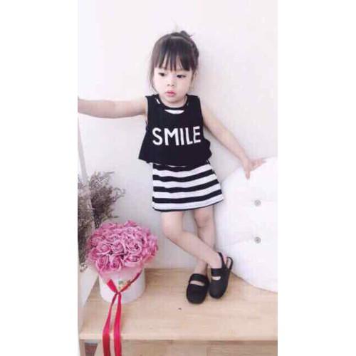 váy smile cho bé gái