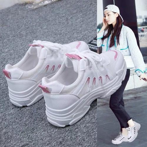 Giày sneaker nữ cổ thấp thời trang