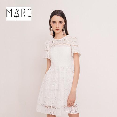 Đầm ren cotton dệt 3D có tay 3 lớp MARC màu trắng