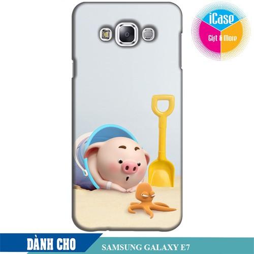 Ốp lưng nhựa cứng nhám dành cho Samsung Galaxy E7 in hình Heo Con Nghịch Cát