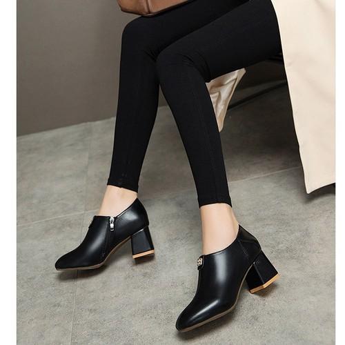 Giày boot nữ cổ thấp cao gót - 6680160 , 16712956 , 15_16712956 , 390000 , Giay-boot-nu-co-thap-cao-got-15_16712956 , sendo.vn , Giày boot nữ cổ thấp cao gót