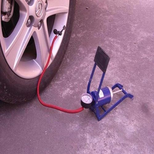 Dụng cụ bơm lốp xe bằng chân nhỏ gọn
