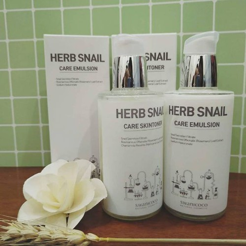 Toner và emulsion SWANICOCO  herb snail