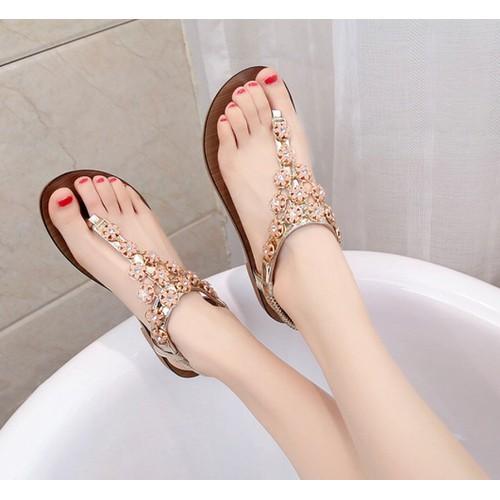 Giày sandal đế bệt kết hoa xinh
