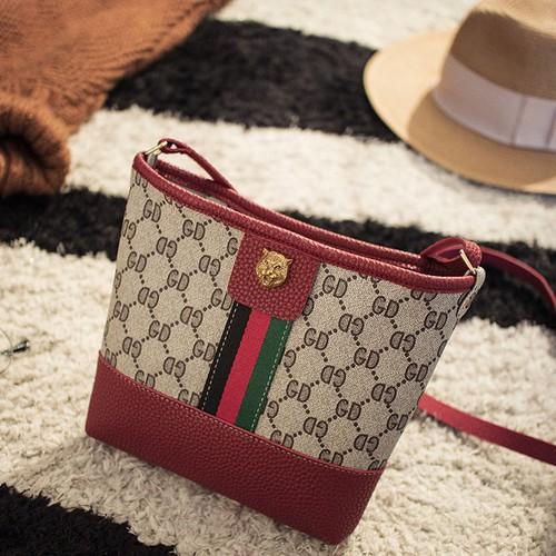 Túi đeo nữ phong cách D0007